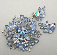 117 Vintage Blue Nugget Lava Rhinestone Brooch Earrings Set Beau Jewels Style