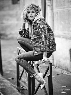 That pose. HANA-JIRICKOVA-BY-MATTHEW-BROOKES-FOR-SKP-MAGAZINE-SPRING-2015-6.jpg