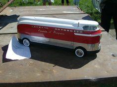 1950 GM Futurliner Bus