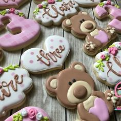 Happy 3rd Birthday Claire! I hope you have a wonderful day! Teddy bear cutter is available in our Etsy shop! #lubbockcustomcookies #lubbockcookiedecorator #lubbockcookies #customcookiecutters #thecookiebox #pinkcutters