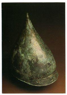 Bronze helmet (Berru type) from Hallein Dürrnberg (Austria), grave 44, 5th century BC.