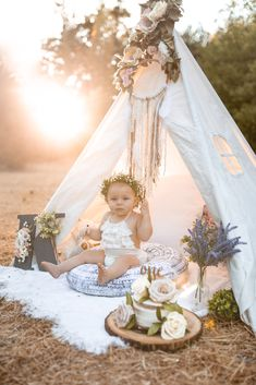 Boho birthday party, cake smash, 1st birthday, Wild one, bohemian princess, Wild flower, she's a Wild one, rustic photography, family moments photography, babies first birthday, boho themed party, Wild one birthday party, dream catcher, blush birthday party, baby birthday party.