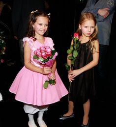 Karel Gott, Girls Dresses, Flower Girl Dresses, Charlotte, Celebrity, Entertaining, Wedding Dresses, Fashion, Dresses Of Girls