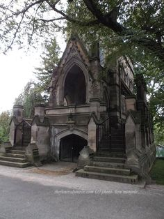 #TFSPhotos (4/4)-The Dexter Mausoleum at the Spring Grove Cemetery, Cincinnati, Ohio (c) The Funeral Source, photo: Ken Naegele