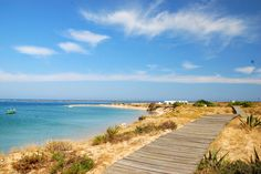 Enjoy Quinta do Lago with your little ones with our detailed family friendly travel tips. Discover the beautiful Algarve. Algarve, Travel Tips, Adventure, Beach, Water, Kids, Outdoor, Beautiful, Water Water