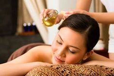 If you are looking for natural remedies to treat scalp psoriasis, try essential oils! Read my article for information on the best 4 essential oils and 2 recipes for scalp psoriasis treatment. Essential Oils For Rosacea, Essential Oils For Anxiety, Frankincense Essential Oil, Best Essential Oils, Coconut Oil Cellulite, Cellulite Scrub, Reduce Cellulite, Ayurveda, Looks Kim Kardashian