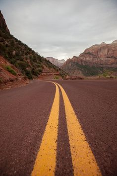 The double yellow road lines as we twisted and climbed through Zion National Park in Utah, USA Zion National Park, National Parks, Double Yellow Lines, Road Lines, Hiking Photography, Utah Usa, Wall Collage, Trip Planning, Paths