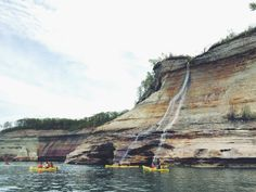 How to Visit Pictured Rocks in One Weekend