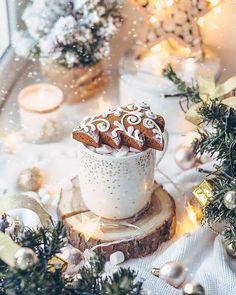 Image about winter in Christmas by Erica Brooke Kerr Christmas Drinks, Christmas Mood, Merry Little Christmas, Noel Christmas, Christmas Decorations, Xmas, Rum Cocktails, Christmas Aesthetic, Theme Noel