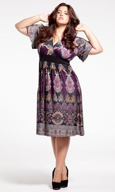 Victoria Dress (Warm Spice) in Purple by SWAK Designs. Love the pattern, the colors, the sleeves- everything. Curvy Girl Fashion, Xl Fashion, Plus Size Fashion, Warm Dresses, Pretty Dresses, Casual Dresses, Plus Size Cocktail Dresses, Plus Size Dresses, Paisley Print Dress
