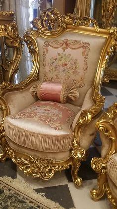 Tiny Home Furniture Antique Furniture Interior Royal Furniture, Furniture Ads, Victorian Furniture, Funky Furniture, French Furniture, Classic Furniture, Unique Furniture, Luxury Furniture, Vintage Furniture
