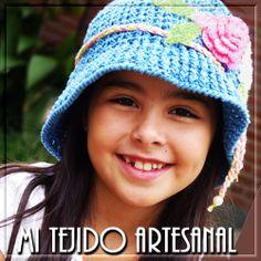 DELICADOS GORRITOS PARA INVIERNO Y VERANO. Infinidad de creaciones  tejidas al crochet, para damas, bebés, niños, adolescentes y hombres. Realizo diseños personalizados por encargo.