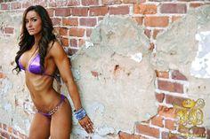 Interview With Fitness Model: Jennifer Rankin | CutAndJacked.com