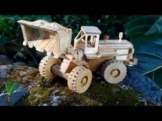 Wood Toy Plans - Big Rig Wrecker Truck - YouTube