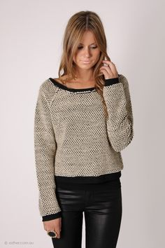 welcome knit- beige/black knitted