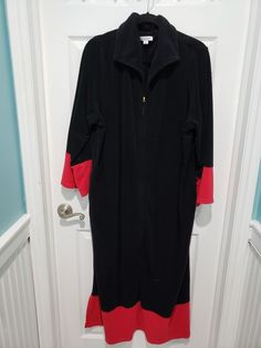 888518cab3 Joan Rivers Red Trimmed Black Caftan Partial Zip Front Size P1X Preowned   fashion  clothing  shoes  accessories  womensclothing  intimatessleep (ebay  link)