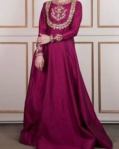 Gorgeous formal by . Fancy Dress Design, Stylish Dress Designs, Dress Neck Designs, Stylish Dresses, Fashion Dresses, Shadi Dresses, Pakistani Formal Dresses, Pakistani Dress Design, Pakistani Clothing