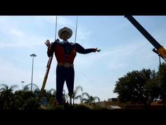 Time Lapse of Big Tex being lifted into place for the State Fair of Texas 2012.  Big Tex is Art.