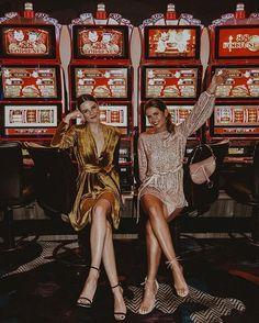 Отзывы платья казино клуб для туристов казино хайнань
