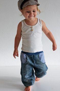 Recyclingjeans blau - petit cochon - Kinderkleidung, die mitwächst. Handarbeit aus Berlin!