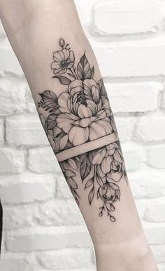 delicate female tattoo rose in her arms – – # arm … – tattoos for women meaningful Arm Cuff Tattoo, Botanisches Tattoo, Forarm Tattoos, Rose Tattoos, Body Art Tattoos, Small Tattoos, Tattoo Quotes, Unique Forearm Tattoos, Faith Tattoos