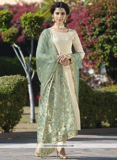 dba8fae86d 87 Best Pakistani Salwar Kameez images in 2019   Pakistani salwar ...