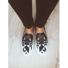 Givenchy slip-on. FIND THEM HERE > http://anywear.dk/product/sneakers/givenchy/givenchy-slip