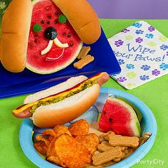 If your little girl loves puppies, make a watermelon puppy face to go with your lunch of hot dogs! Just a few gummies on a watermelon create a cute face with some hot dog buns for ears – woof!