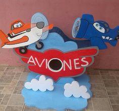 Dispensador de chucherías de aviones Disney Characters, Fictional Characters, Kids Rugs, Decor, Art, Planes, Meet, Art Background, Decoration