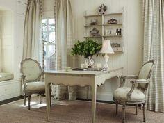Arredamento in stile provenzale - I mobili con lavorazione decapé