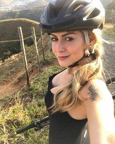 Mt Bike, Road Bike, Montain Bike, Beautiful Athletes, Female Cyclist, Cycling Girls, Bike Rider, Bicycle Girl, Biker Girl