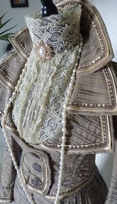 Ideas for making a great Steampunk costume  (even if you're just throwing it together) |  a muse walks into a blog....