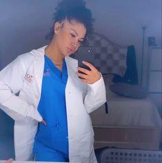 Pregnant Black Girl, Pretty Pregnant, Nurse Aesthetic, Bad Girl Aesthetic, Beautiful Nurse, Beautiful Black Women, Nursing Goals, Minimalist Tattoo Small, Dream Job