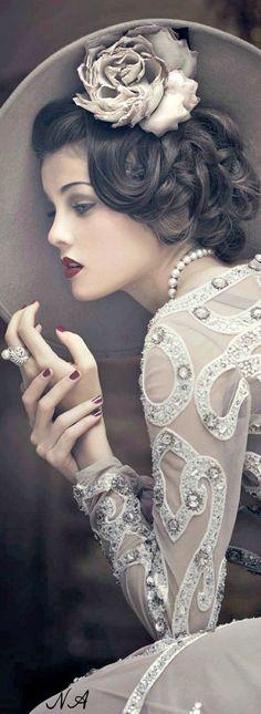 Classy vintage fashion ✿⊱╮