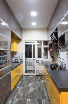 Parallel Kitchen Design, Modern Kitchen Design, Modern Kitchen Furniture, Small Modern Kitchens, Small House Interior Design, Kitchen Tiles Design, Kitchen Layout, Interior Design Kitchen, Interior And Exterior