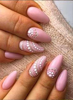 54 Simple Spring Nail Designs for Short Nails and Long Nails – The First-Hand Fashion News for Females - Nail art designs Dark Color Nails, Nail Colors, Manicure Colors, Gel Manicure, Uv Gel Nails, Acrylic Colors, Nail Nail, Diy Nails, Short Nail Designs