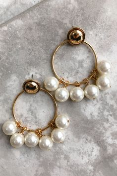 Share to save 10% on  your order instantly!  Let It Be Beautiful Earrings: Gold/Pearl