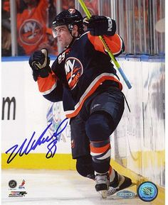 Mike Comrie Fist Pump 8x10 Photo