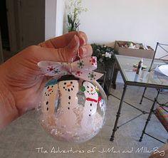 DIY Christmas Craft: Adorable Fingerprint Snowman Ornaments!
