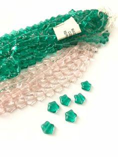 15 beads Rainbow Luster Czech Glass Tulip Flower Beads 11mm