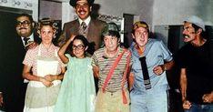 """Un día como hoy en 1971 se estrenaba """"El Chavo"""" en las pantallas mexicanas. Posteriormente se convertiría en el fenómeno que es hasta hoy. Sarah Andersen, Ramon Valdes, Rita Moreno, Charlie Chaplin, Mexican Art, Old Pictures, Movies And Tv Shows, Actors & Actresses, Movie Tv"""