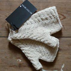 Regular Fingerless Mittens -- photographer gloves
