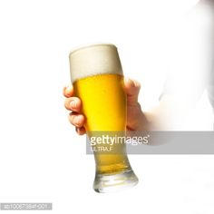 sb10067384f-001-person-holding-glass-of-beer-on-white-gettyimages.jpg (414×414)