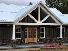 Metal Building House Plans, Steel Building Homes, Pole Barn House Plans, New House Plans, Dream House Plans, Metal Barn Homes, Pole Barn Homes, Ranch House Remodel, Porche