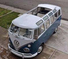 Classic VW  Deluxe Bus