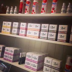 Holistic Skincare Calendar, Skincare, Holiday Decor, Home Decor, Hessen, Homemade Home Decor, Skin Treatments, Life Planner, Skin Care