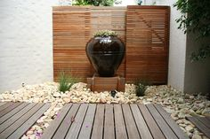 Decorating a small garden with pots