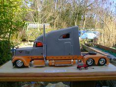 Custom_truck_chapson_christian_maquette.jpg 2.048×1.536 pixels
