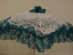 Victorian Parasol in White Lace with Teal Lace Ruffle Buy Umbrella, Lace Umbrella, Lace Parasol, Under My Umbrella, Victorian Era, Victorian Fashion, Belle Costume, Brollies, Umbrellas Parasols