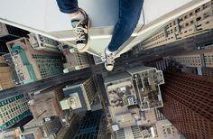 Urban Exploration: Vertigo-Inducing Examples of Rooftopping Photography